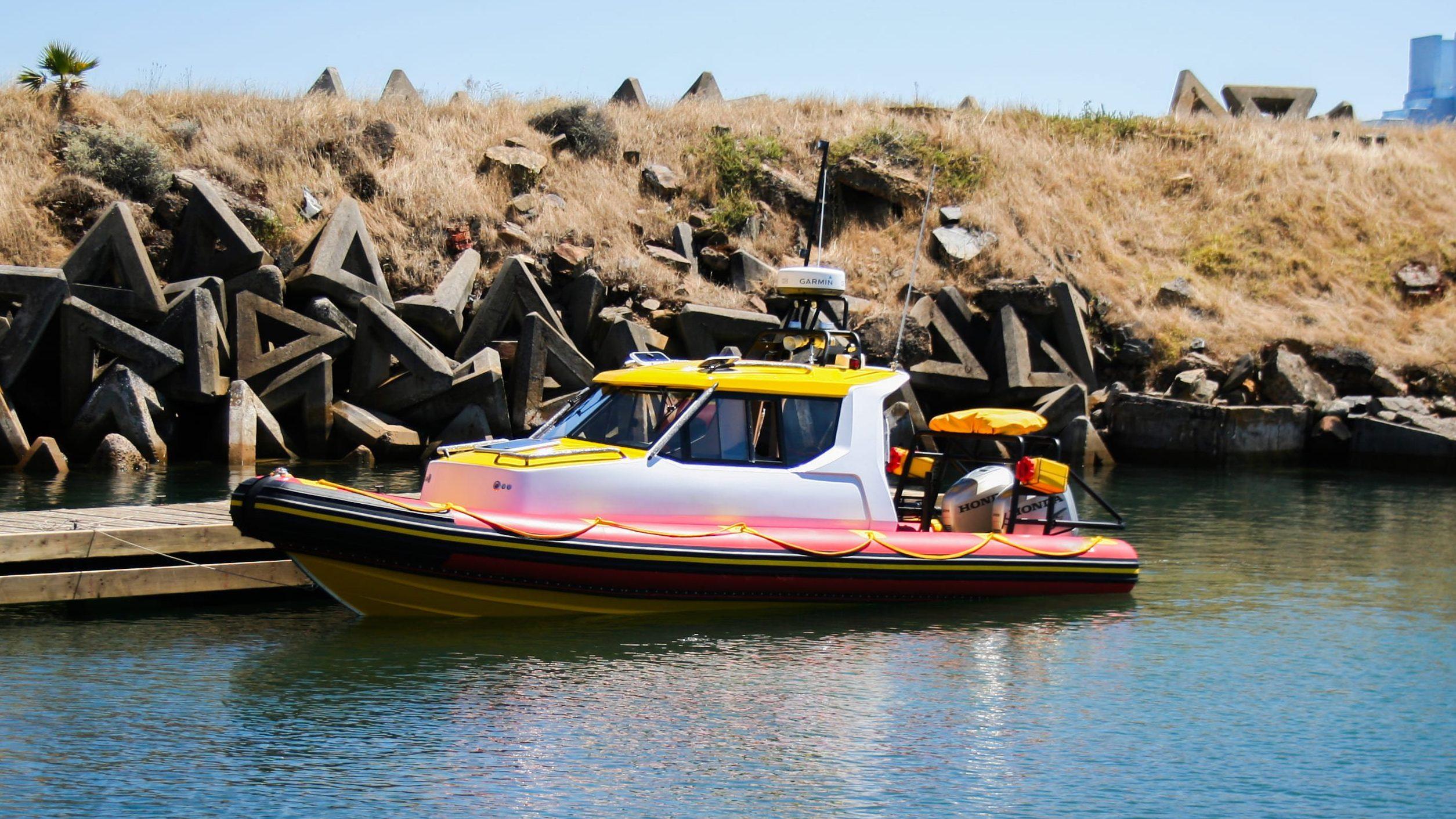 Patrol Cabin 880 Dock