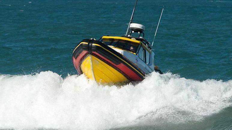 Patrol Cabin 880 Hull